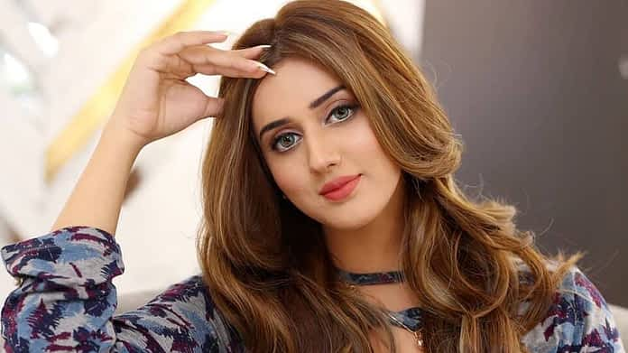 Jannat Mirza (TikTok) Age, Height, Wiki, Sister, Boyfriend