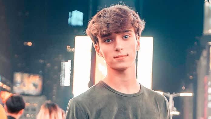 Josh Richards Age, Height, Wiki, Family, Girlfriend & More